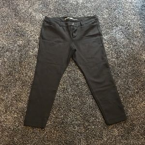 Old Navy Pixie pants Sculpt